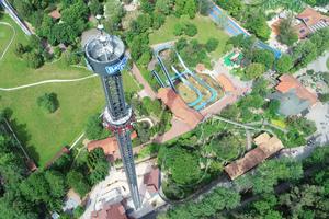 Spektakuläre Aussicht aus 109 Metern Höhe im neuen Freifallturm Voltrum.