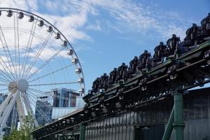 Abschlussbremse und im Hintergrund das 60m hohe Riesenrad