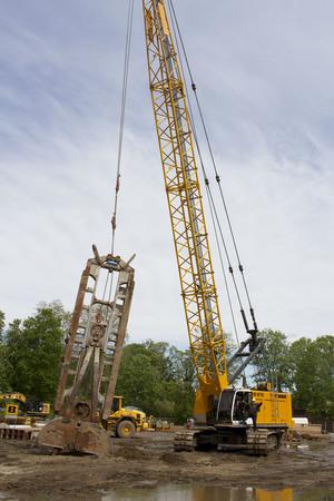 Ein 26m hoher Spaltbagger startet das Projekt Feuerland am 21. Mai 2021