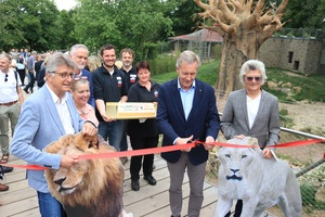 "Christian Wulff, Bundespräsident a.D. eröffnete heute offiziell die Löwenanlage ""Mapugunbwe"" im Zoo Osnabrück."