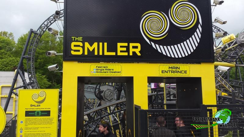 the smiler alton towers freizeitpark. Black Bedroom Furniture Sets. Home Design Ideas