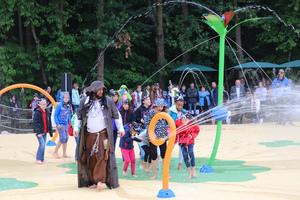 Piratenstarke Er�ffnungsfeier im Bayern-Park