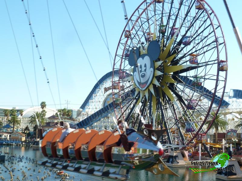 Mickey's Fun Wheel - 2015