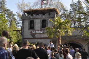 Fort KnalKruit im Avonturenpark Hellendoorn feierlich er�ffnet
