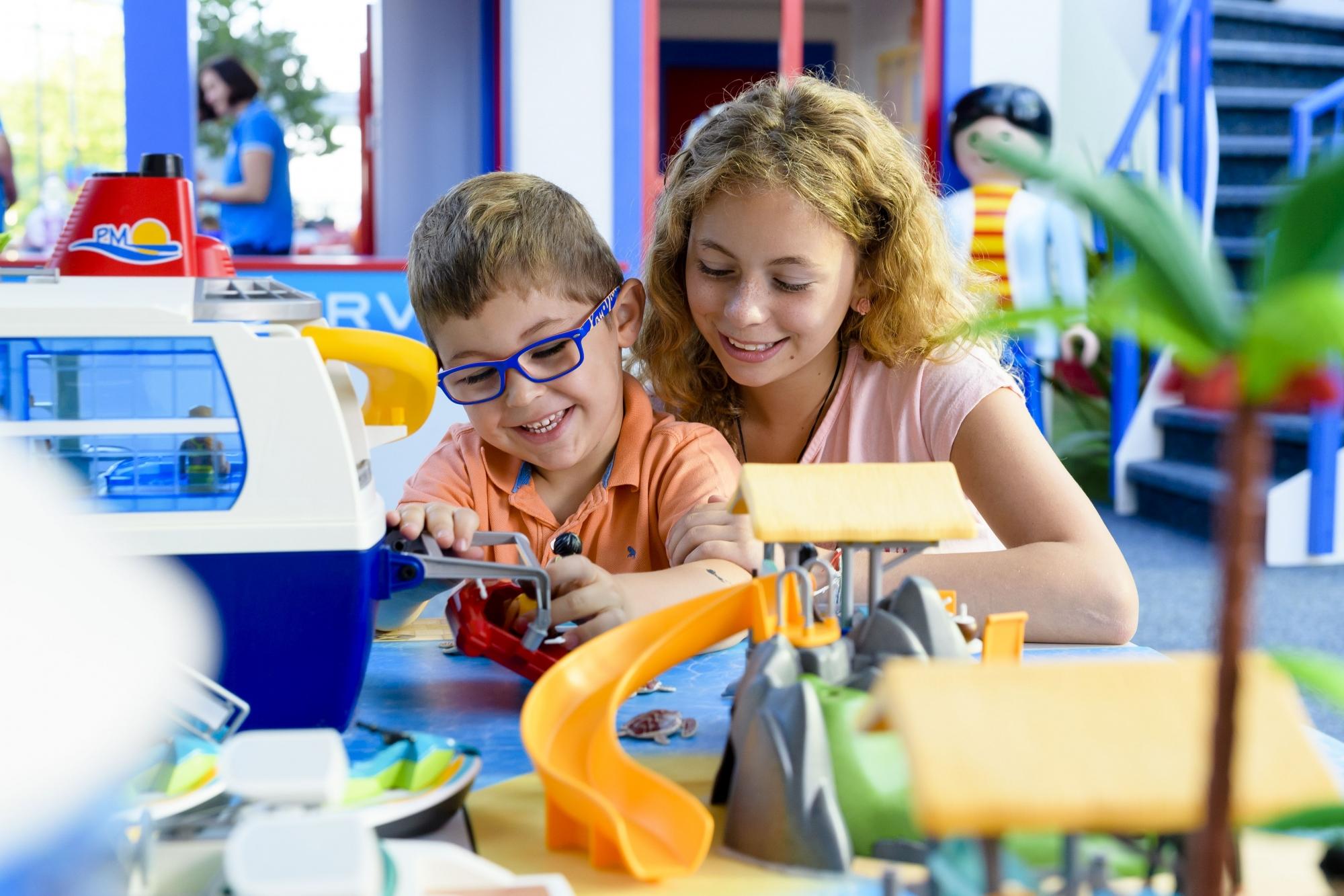 winterzauber im playmobil funpark freizeitpark. Black Bedroom Furniture Sets. Home Design Ideas