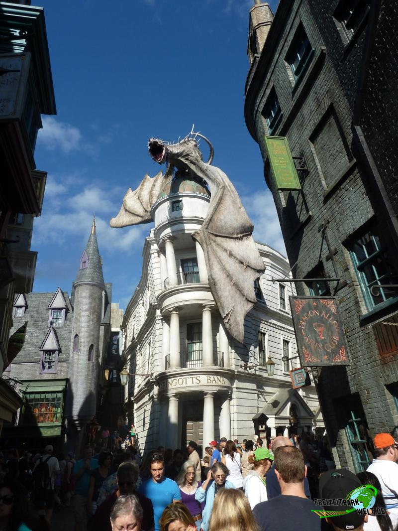 Harry Potter and the Escape from Gringotts - 2014