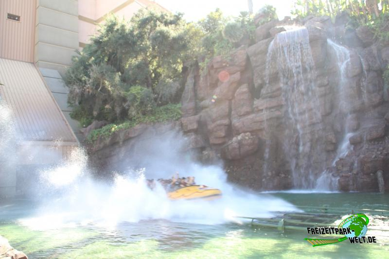 Jurassic Park: The Ride - Universal Studios Hollywood