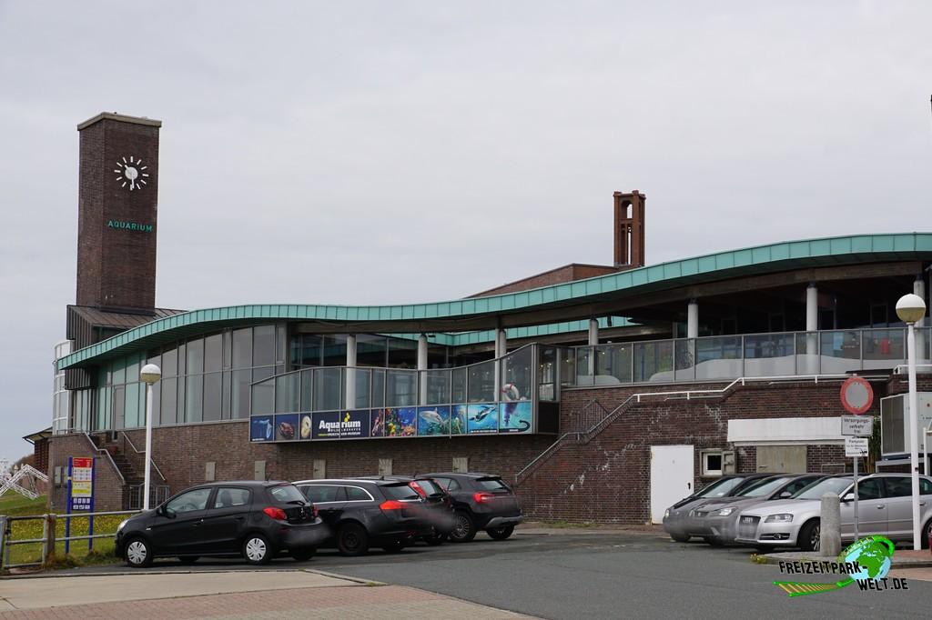Aquarium Wilhelmshaven - 2018: Das Aquarium Wilhelmshaven hat direkt nebenan einen kleinen (kostenpflichtigen) Besucherparkplatz